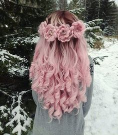 50 Pretty Pastel Pink Hair Color As The Inspiration To Try Pink Hair Pretty Braided Hairstyles, Cool Hairstyles, Hairstyles Haircuts, Rose Hairstyle, Holiday Hairstyles, Hairstyle Ideas, Rose Braid, Pretty Braids, Flower Braids