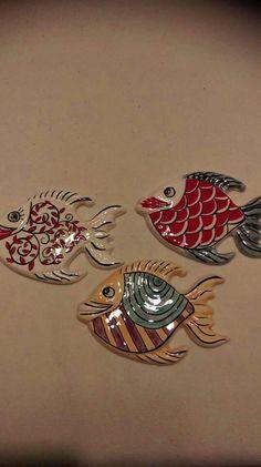 Clay Art Projects, Ceramics Projects, Clay Crafts, Ceramic Clay, Ceramic Painting, Ceramic Pottery, Polymer Clay Fish, Hand Built Pottery, Ceramic Animals