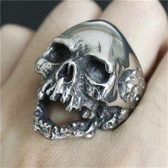 ... серебряное огромное кольцо с черепом 316L нержавеющая сталь в стиле  панк новейший дизайн мужское кольцо с черепом для мальчиков купить на  AliExpress 9ee3d76c44e63