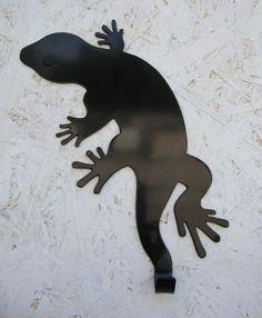 Jaszczurka, super się prezentuje w zestawie z zegarem jaszczurką. Zapraszamy www.wieszaj.pl