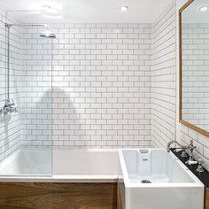 Old fashioned rectangle bathroom tiles, small bathroom