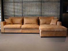 Mooie loungebank. Zou erg goed staan bij ons