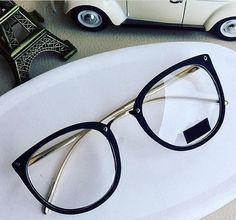 Glasses Frames Trendy, Fake Glasses, New Glasses, Glasses Trends, Lunette Style, Accesorios Casual, Fashion Eye Glasses, Sunglass Frames, Eyewear