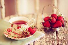 Fazendo Arte & Mulher: Chá de morango, um ótimo auxiliador da digestão