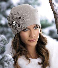 Fascinatorstyles - Her Crochet Sombreros Fascinator, Fascinators, Fleece Hats, Stylish Hats, Love Hat, Hat Shop, Cute Hats, Hat Hairstyles, Hats For Women