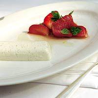 Panna cotta met lauriersiroop en aardbeien ... en Grappa #TasteKit
