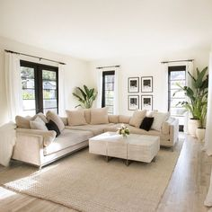 Home Living Room, Apartment Living, Interior Design Living Room, Living Room Designs, Living Room Decor, Beige Living Rooms, Cozy Living Rooms, Living Room Modern, White Couch Living Room