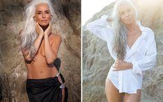 Werbungen für Badebekleidung sind oft sehr sexualisiert, aber wie du auf diesen atemberaubenden Bildern sehen kannst, müssen sie das eigentlich gar nicht sein und müssen zudem auch nicht von jungen Models getragen werden wie Yazemeenah Rossi beweist. Man kann fast nicht glauben, dass das Model, die