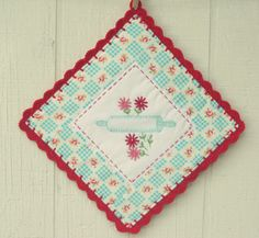 sweet rolling pin pot holder::made to order