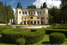 Betliar Manor House #Slovakia Bratislava, Heart Of Europe, Church Building, Chateaus, Manor Houses, Architecture Old, European Countries, Central Europe, European Travel