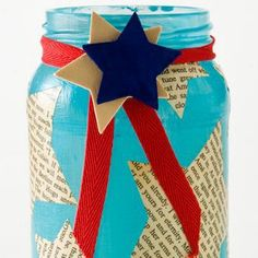 Whether you're hosting a 4th of July celebration or you're just looking for some patriotic crafts to add some American-themed decor to your home, these 25 4th of July crafts are sure to please all you patriotic DIY hostesses!