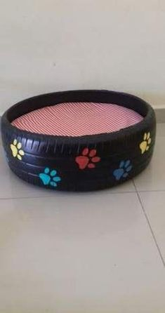 59 Ideas dogs bed homemade for 2019 - Pets Ideas Unique Dog Beds, Cool Dog Beds, Puppy Crafts, Tire Craft, Diy Dog Bed, Homemade Dog Bed, Dog Yard, Diy Dog Treats, Dog Furniture