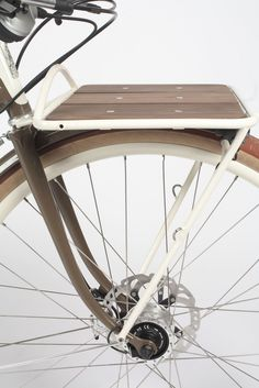 Signal is a design and fabrication company in Portland Oregon. Signal specializes in custom bicycles and curated, limited-edition production bike models. Dog Bike Basket, Bike Baskets, Vintage Moped, Push Bikes, Bicycle Rack, Urban Bike, Speed Bike, Cargo Bike, Bike Parts