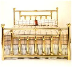 Brass Bed 109 – Handmade by Brass Beds of Virginia Built In Bed, Brass Bed, Suites, Bed Styling, Antique Furniture, Luxury Homes, Bedroom Decor, Master Bedroom, Handmade