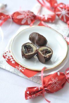 Szaloncukor házilag - nem is olyan bonyolult! Christmas Candy, Xmas, Lollipop Candy, Torte Cake, Hungarian Recipes, Homemade Chocolate, Christmas Projects, Fudge, Advent