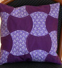 pillow Quilts, Blanket, Pillows, Bed, Handmade, Toss Pillows, Hand Made, Stream Bed, Quilt Sets