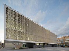 Badalona, arquitectura. CAP Salud Raval. Premio Construmat