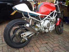 TRX850 cafe racer back end