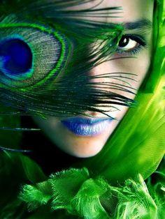 Gorgeous Green Girl~ ♛
