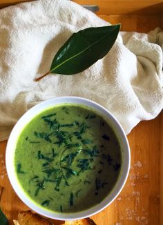 Healthy and Delicious Zucchini Broccoli Basil Soup