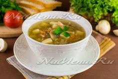 Грибной суп из шампиньонов на курином бульоне
