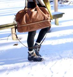 Winter Weekend Essentials (@solesociety @sperrytopsider)