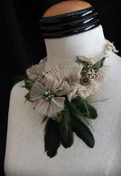 GREEN GODDESS Green Gold Feather Statement Bib door carlafoxdesign.