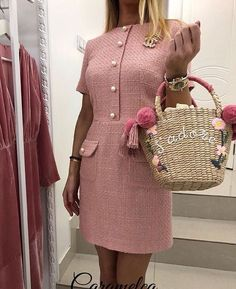 Chanel Fashion Show 2019 - Chanel Dresses - Trending Chanel Dress for sales - Chanel Fashion Show 2019 Girly Outfits, Mode Outfits, Classy Outfits, Pretty Outfits, Chanel Outfit, Chanel Dress, Chanel Chanel, Chanel Jacket, Tweed Outfit