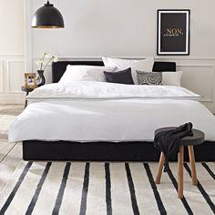 schwarzes Bett / black bed #impressionen #schlafzimmer Mehr