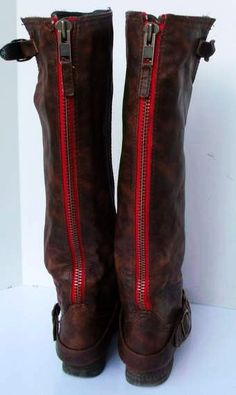 Sz 12 Vintage brown tall leather flat riding boots with back red zipper.