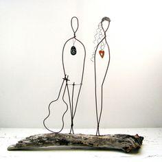 Draht Skulptur Valentines paar Landhaus Dekor - Treibholz-Draht-Kunst - Flower Power Peace Sign Skulptur - Valentinstag - Hochzeitsgeschenk