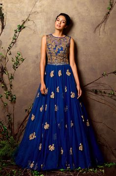 Looking for royal blue gown? Browse of latest bridal photos, lehenga & jewelry designs, decor ideas, etc. Indian Gowns, Indian Attire, Pakistani Dresses, Indian Outfits, Designer Gowns, Indian Designer Wear, Frock Design, Blue Gown, Anarkali Dress