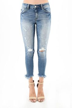 dc4e4bafca KanCan Distressed Jeans Frayed Hem Bottom of Legs 98% Cotton 2% Spandex  Rise 8.5