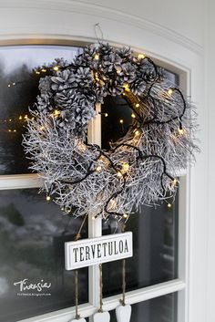 Christmas Feeling, Nordic Christmas, Simple Christmas, Christmas Diy, Merry Christmas, Xmas, Spruce Tree, Door Wreaths, Noel