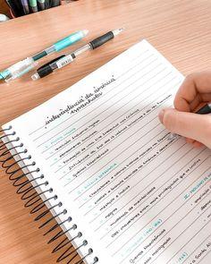 School Organization Notes, Study Organization, Bullet Journal Notes, Bullet Journal School, College Notes, School Notes, Pretty Notes, Good Notes, Note Taking Strategies