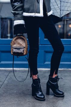 d4a36f196a86c 50 Amazing Ankle Boot Outfits to Try Now Want to make 2018 your most  stylish year yet  High Fashion Handbags