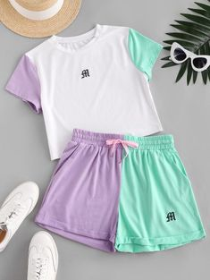 Cute Lazy Outfits, Crop Top Outfits, Girly Outfits, Trendy Outfits, Cool Outfits, Cute Pajama Sets, Cute Pajamas, Girls Fashion Clothes, Teen Fashion Outfits