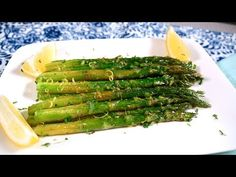 Espárragos Salteados con Mantequilla y Limón - Mi Cocina Rápida - YouTube Vegan Recipes, Cooking Recipes, Vegan Food, Deli Food, Avocado Smoothie, Desert Recipes, Food Dishes, Food Inspiration, Asparagus