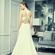 CLICK ON @romonakeveza TO VIEW THE FULL STORY.   Romona Keveža Collection Luxury Bridal Spring 2018.    #newyork #nybfw #nybfw2017 #bridalmarket #celebrity #luxury#wedding #fashion #couture #bridal #style #spring2018 #bridalfashionweek #bfw #bridalfashionmarket #marymcdonald