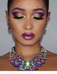 best contour makeup prominent eye makeup 1960 eye makeup simple eye makeup eye m… - Smokey Eye Makeup Gorgeous Makeup, Love Makeup, Pretty Makeup, Beauty Makeup, Makeup Looks, Hair Beauty, Kiss Makeup, Prom Makeup, Cheer Makeup