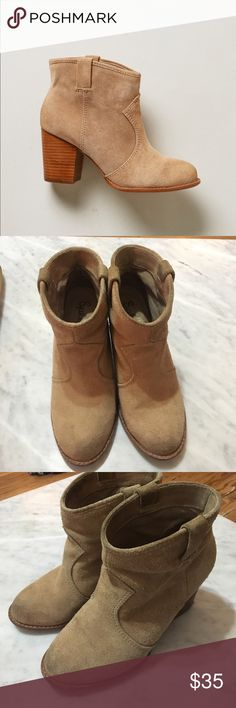 Anthropologie Normandy Booties by Splendid. Pre loved tan suede booties by Anthropologie. Comfortable but with a heel. These could use a cleaning and potentially a re-soling but they still have a lot of life in them. Looks adorable with both dresses and jeans. Wear all seasons! Color is more like first photo, sorry my apartment has dim lighting. Anthropologie Shoes Heeled Boots