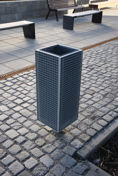 Exterior bins | | nanuk Litter bin | mmcité. Check it on Architonic