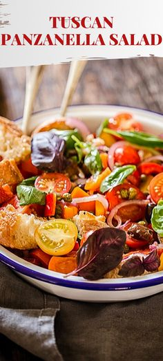 This Panzanella Salad made with ripe and juicy tomatoes, crusty ciabatta and fragrant basil is the best of the summer offerings! Hot Weather Meals, Low Carb Recipes, Healthy Recipes, Parmesan Recipes, Dinner Party Recipes, Best Italian Recipes, Yummy Food, Delicious Recipes, Salad Bar