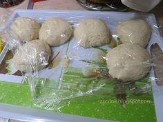 Ζουζουνομαγειρέματα: Τυρόπιτες με ζύμη γιαουρτιού! Biscuits, Garlic, Dairy, Cheese, Meat, Chicken, Vegetables, Blog, Recipes