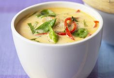 Raw Vegan Thai Coconut Soup Recipe (Tom Kha) - List of the best food recipes Raw Vegan Dinners, Raw Vegan Recipes, Vegetarian Recipes, Cooking Recipes, Vegan Raw, Cooking Tips, Freezer Recipes, Paleo Vegan, Freezer Cooking