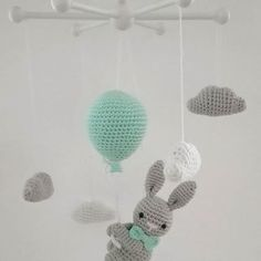 One of my favorite mobiles from last year ! One of my favorite mobiles from last year ! It& a shame if you can& take pictures (okay, and have no interest. Baby Girl Crochet, Crochet For Boys, Diy Crochet, Crochet Toys, Baby Knitting Patterns, Knitting Blogs, Crochet Patterns, Mobiles, Diy Sewing Projects