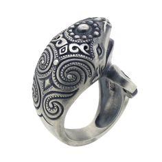 水神部族大鯨指輪