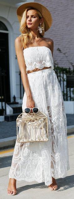 Bohemian Boho White Top And High Waist Shorts. Beach fashion & Bohem style. Boho fashion. Bohemian style. Gypsy style. #boho #bohemian #gypsy #bohoclothing #bohemianclothing #affiliate #vintage #bohochic #bohostyle #hippiestyle #hippie #beachfashion