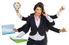 Bạn là công nhân, viên chức, nhân viên văn phòng. (Giúp việc nhà trong giờ hành chính)