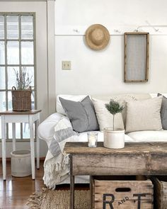 Hearth And Home, Happy Monday, Winter Wonderland, Cravings, The Outsiders, Sweet Home, Design Inspiration, Cottage, House Design